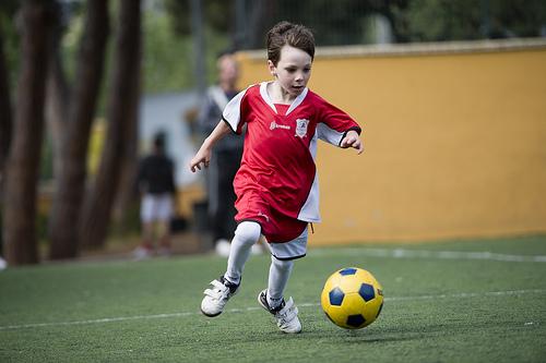 この画像は、サイトの記事「第37回全日本少年サッカー大会 2013 ハイライト 動画名場面感動シーン総まとめ」のイメージ写真画像として利用しています。