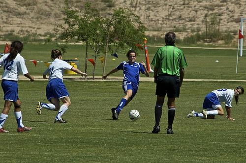 この画像は、サイトの記事「高松南高校サッカー部 ハイライト 動画まとめ集 視聴フリー完全無料SP版」のイメージ写真画像として利用しています。