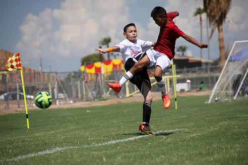 この画像は、サイトの記事「小学生 少年サッカー 『鹿島アントラーズ ジュニア』 おすすめ YouTubeスポーツ視聴無料動画 まとめてご紹介!」のイメージ写真画像として利用しています。
